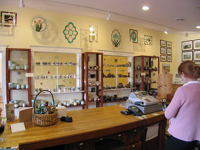 Gifts and Gallery - Resort at Cavendish Corner